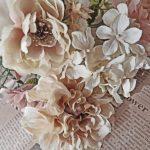 V.C.アンドリュース「屋根裏部屋の花たち」